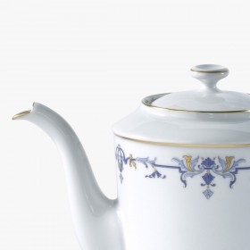 Coffee or tea pot, 'Marthe' Collection