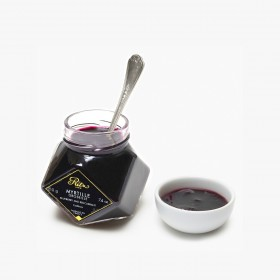 Blueberry and red currant jam