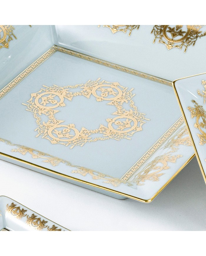 White 'Imperial' Collection change tray with white background 30 x 30 cm